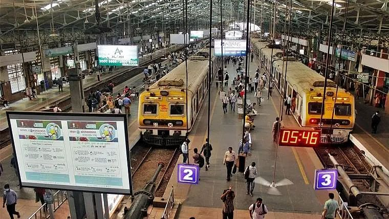 Mumbai: Train services between Churchgate and Virar running late due to technical glitch