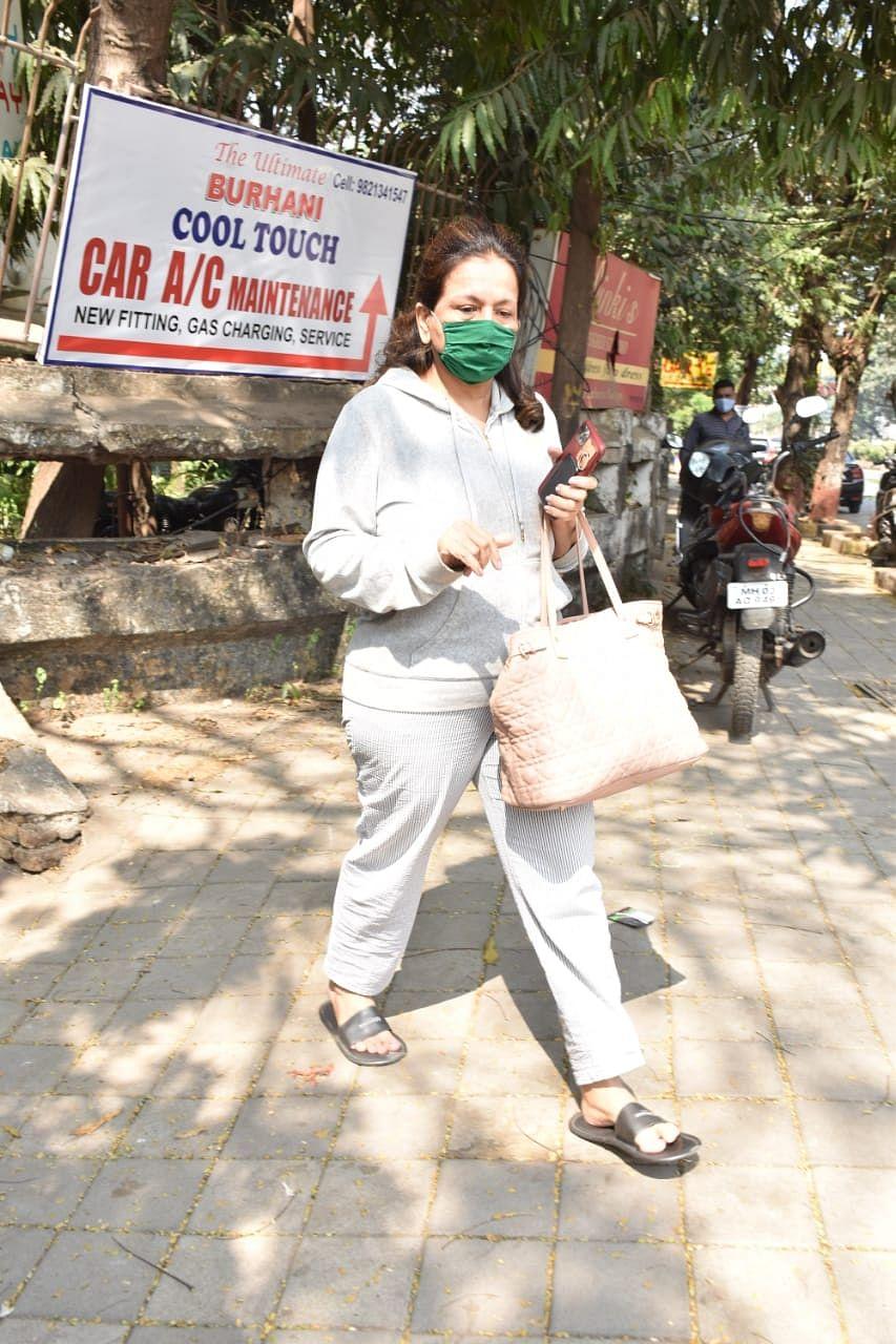 Ahead of Varun Dhawan and Natasha Dalal's wedding, actor's mother visits salon in Mumbai