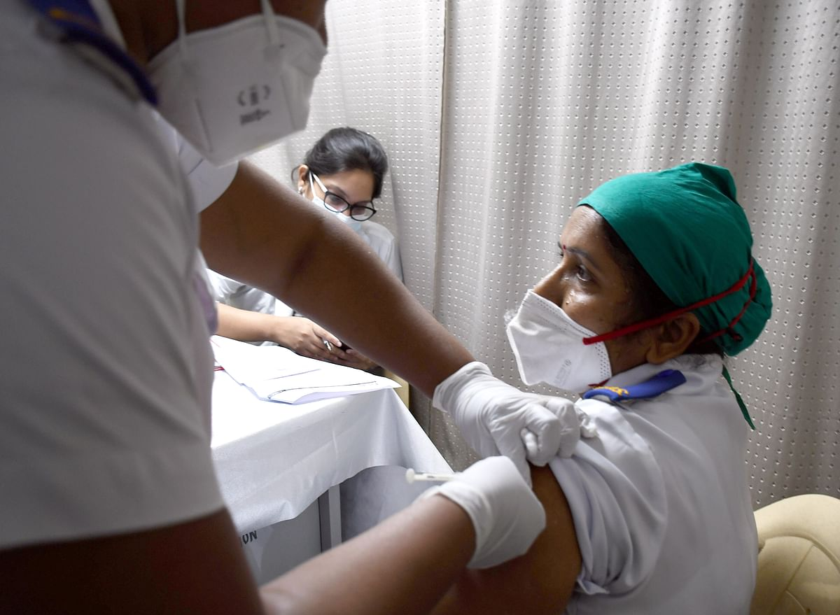 COVID-19 vaccination in Mumbai: First phase to be over in a month