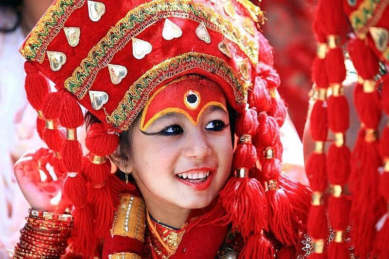 Madhya Pradesh: A teacher who worships daughters at school in Katni