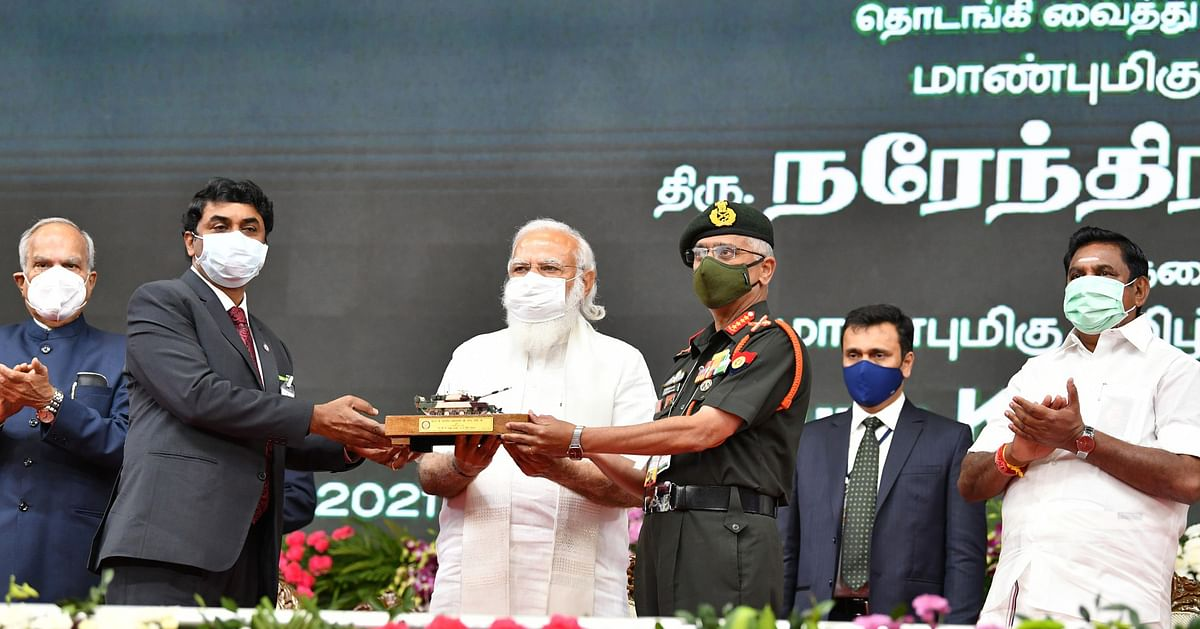Tamil Nadu, Feb 14 (ANI): Prime Minister Narendra Modi along with DRDO Chairman G Satheesh Reddy hands over Arjun Main Battle Tank (MK-1A) to Indian Army Chief General MM Naravane, in Chennai on Sunday.
