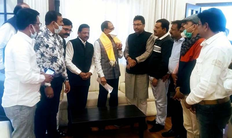 Delegation of retailers call on Chief Minister Shivraj Singh on Monday