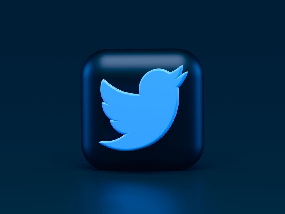 Twitter services down globally, users report logout errors, failure to tweet