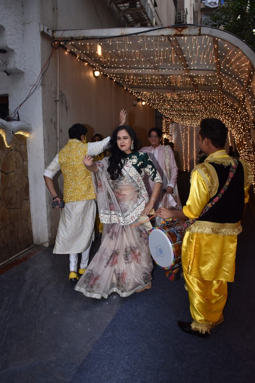 Priyaank Sharma marries Shaza Morani: Anil Kapoor, Nikhil Dwivedi and others attend Padmini Kolhapure's son's wedding; see pics