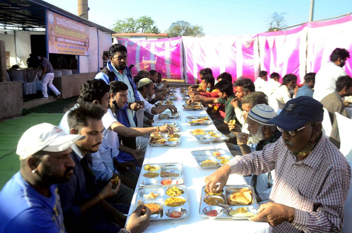 Chief Minister Shivraj Singh Chouhan urges social bodies to extend scope of Deendayal Rasoi
