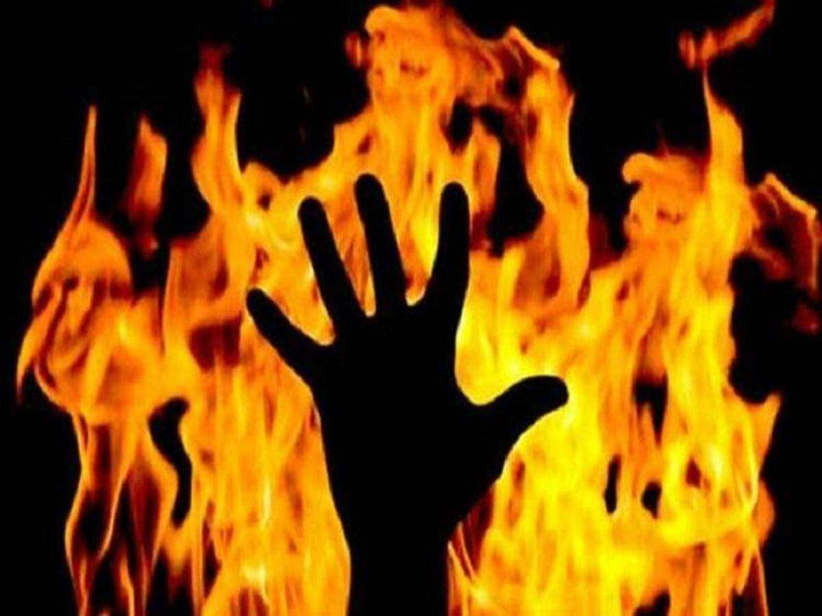 Navy official kidnapped, burnt alive by three persons in Palghar