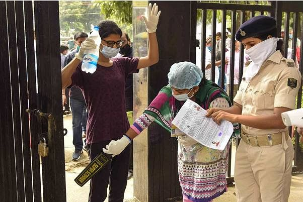 Pune: SPPU students demand online exams citing COVID-19 scare