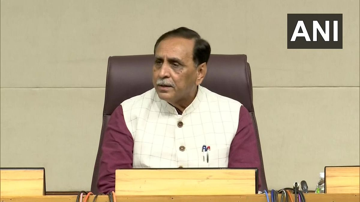 Day after collapsing on stage during public gathering, Gujarat CM Vijay Rupani tests positive for COVID-19