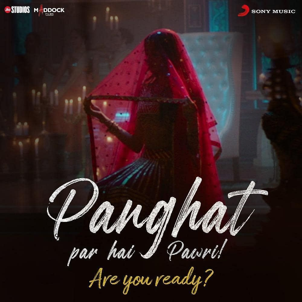 'Panghat': Janhvi stuns in dual avatar, Rajkummar, Varun add goofiness in 'Roohi' first song
