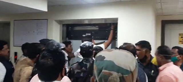 Madhya Pradesh lift mishap: CM Shivraj Singh Chouhan forms technical panel on Nath's suggestion