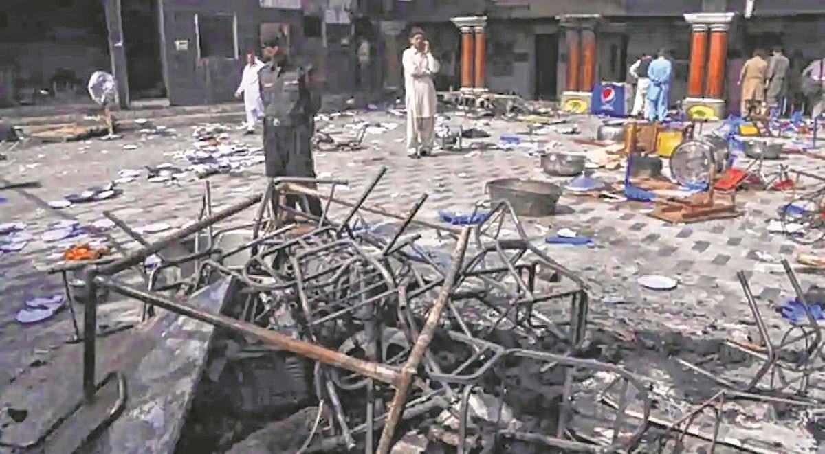 Pak SC orders immediate rebuilding of vandalised Hindu temple
