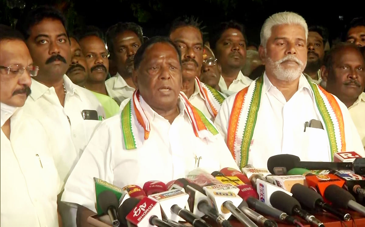 Puducherry CM V Narayanasamy speaks to media after meeting with Congress MLAs, in Mumbai on Sunday.
