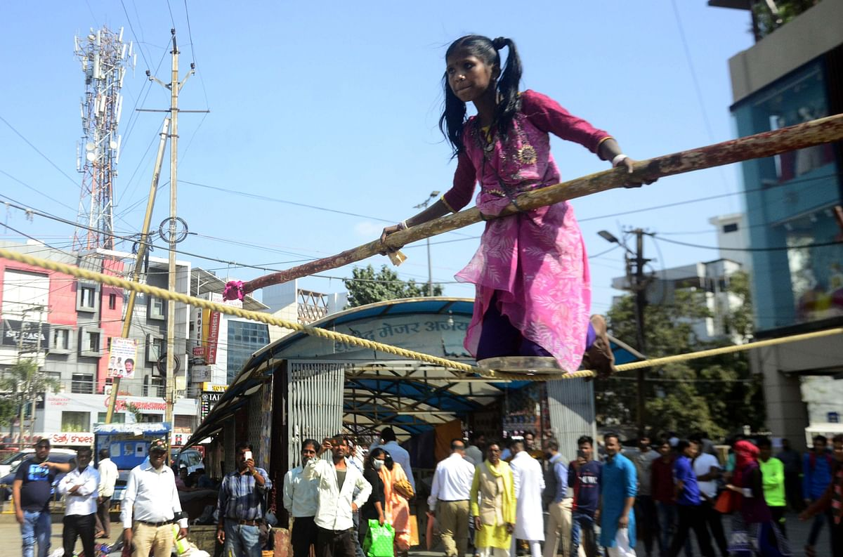 Travesty of juvenile justice:Rope-walking by kids is still seen in Bhopal's New Market