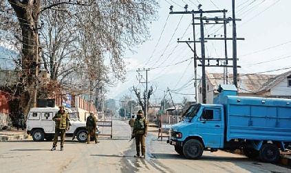 Abdullahs locked up at home; police clarifies
