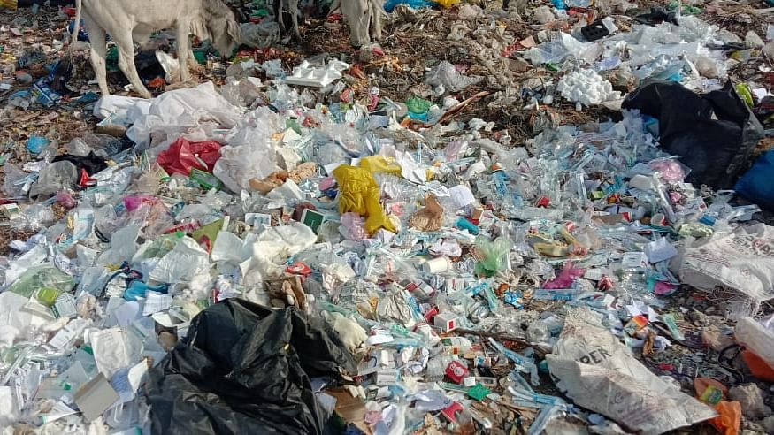 Infected bio waste dumped in open by RD Gardi Hospital