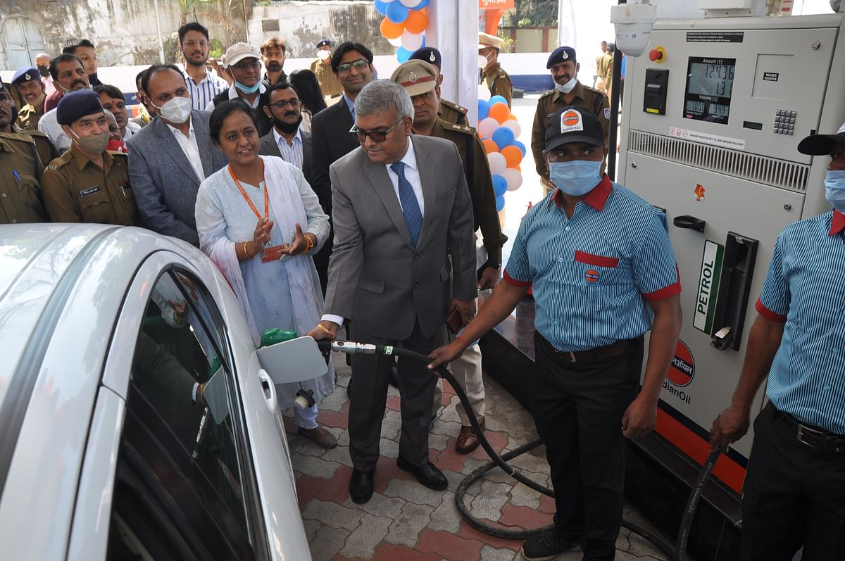 DG Jail Arvind Kumar inaugurates the first petrol pump under jail department in Indore on Saturday