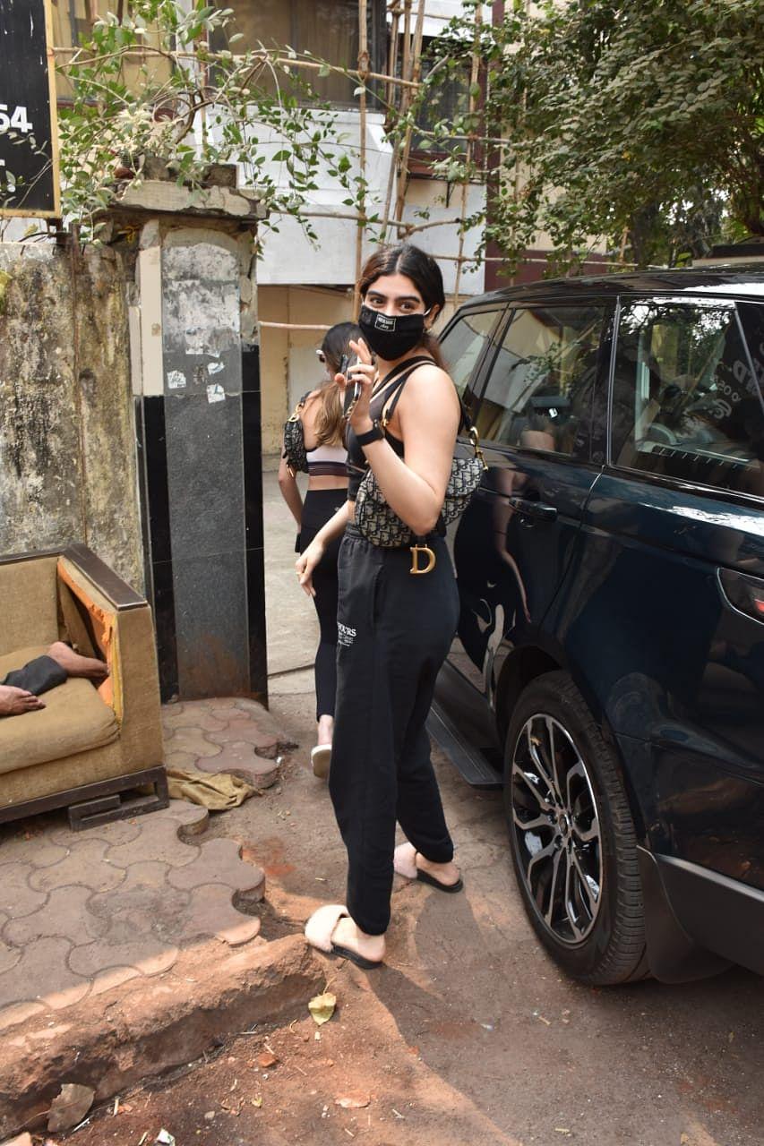 Khushi Kapoor visits the gym carrying a  Rs 2.76 lakh Dior saddle bag
