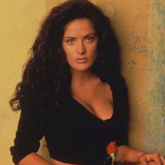 'I was not letting go of the towel': Salma Hayek on why she cried during 'Desperado' sex scene