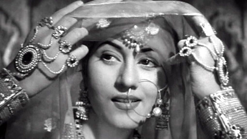 Madhubala death anniversary: From Mughal-e-Azam to 'Howrah Bridge', Top 5 films by the 'Venus of Bollywood'