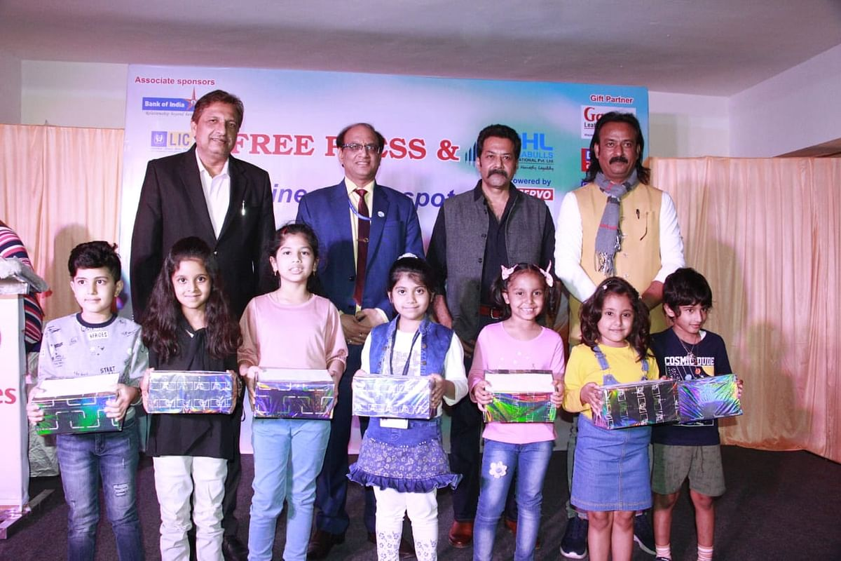 Indore: Winners of 'On The Spot' painting competition awarded at Free Press