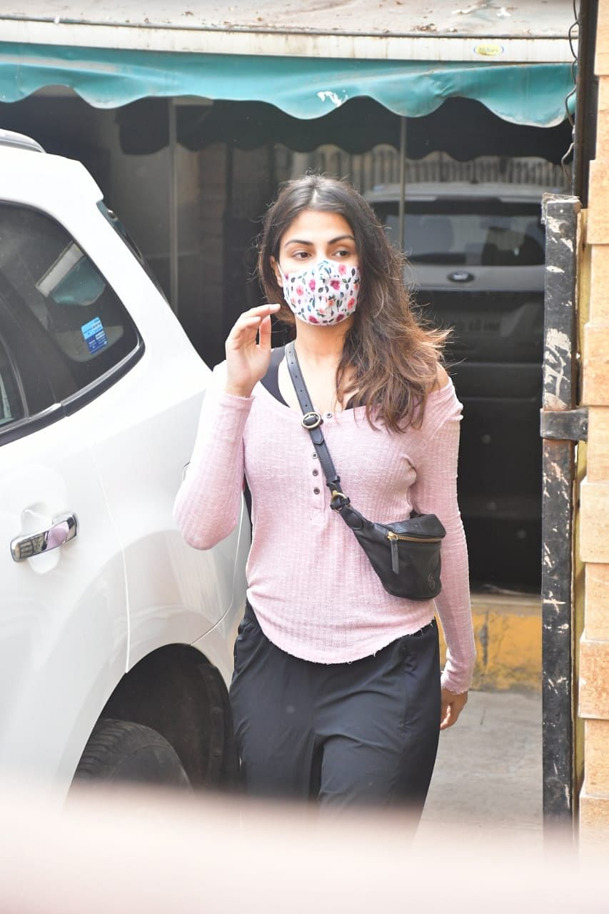 In Pics: Rhea Chakraborty visits the same gym she used to go with Sushant Singh Rajput