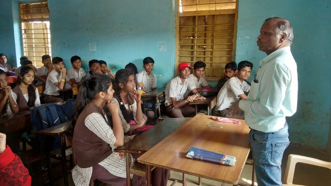 Angels of Mumbai: A man who conducts a special class on Sundays to support, empower the less privileged