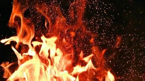 Thane: 4 shops gutted in fire, no casualty