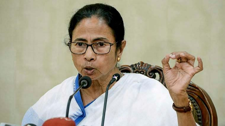 West Bengal: Mamata Banerjee directs officials to make arrangements to deal with deteriorating COVID-19 situation