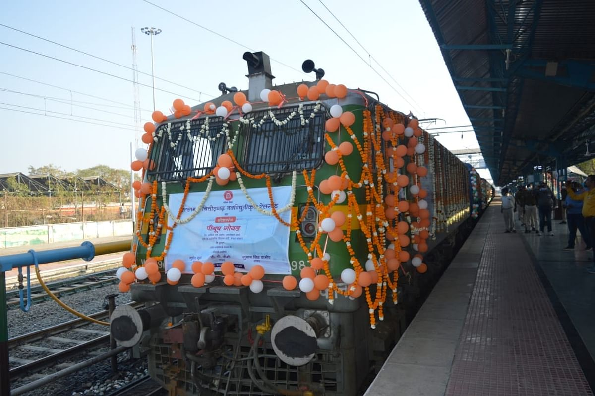 Madhya Pradesh: Running of the electric locos of Ratlam rail division flagged-off by Union rail minister Peeyush Goyal