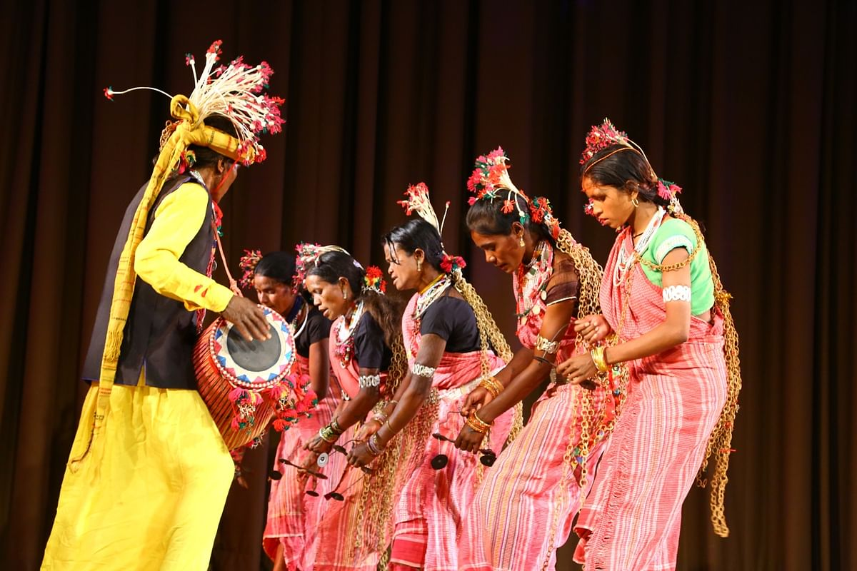 Bhopal: Charan Singh and troupe present Baiga dance at Tribal Museum