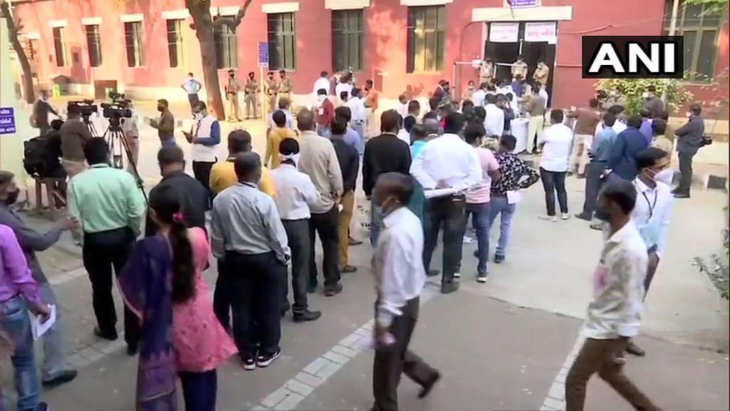 Counting of votes begin in Gujarat.