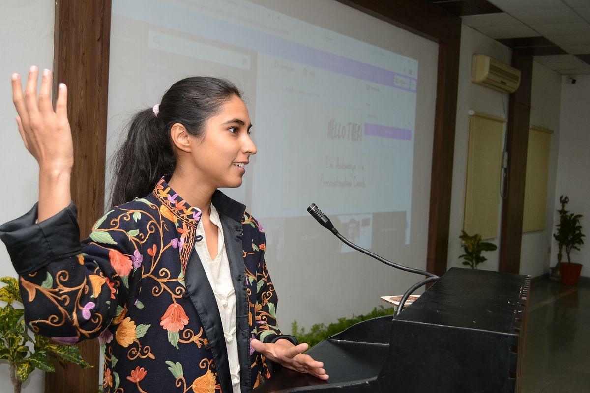 Life coach Aishwarya Bedhotiya addressing management students