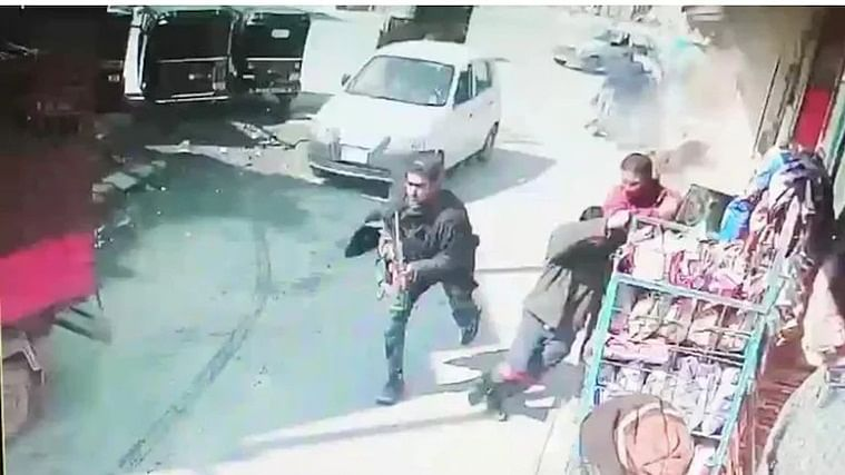 Two cops killed as terrorists open fire in Srinagar; shocking incident caught on camera