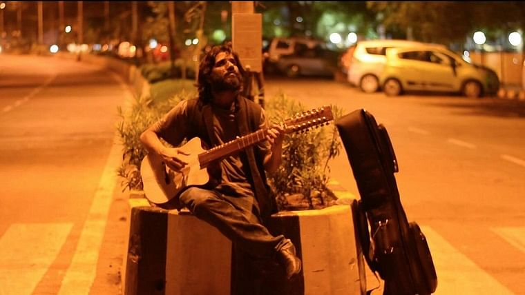 Singer Kavish Seth talks about trying to making it big in the city of dreams, Mumbai!