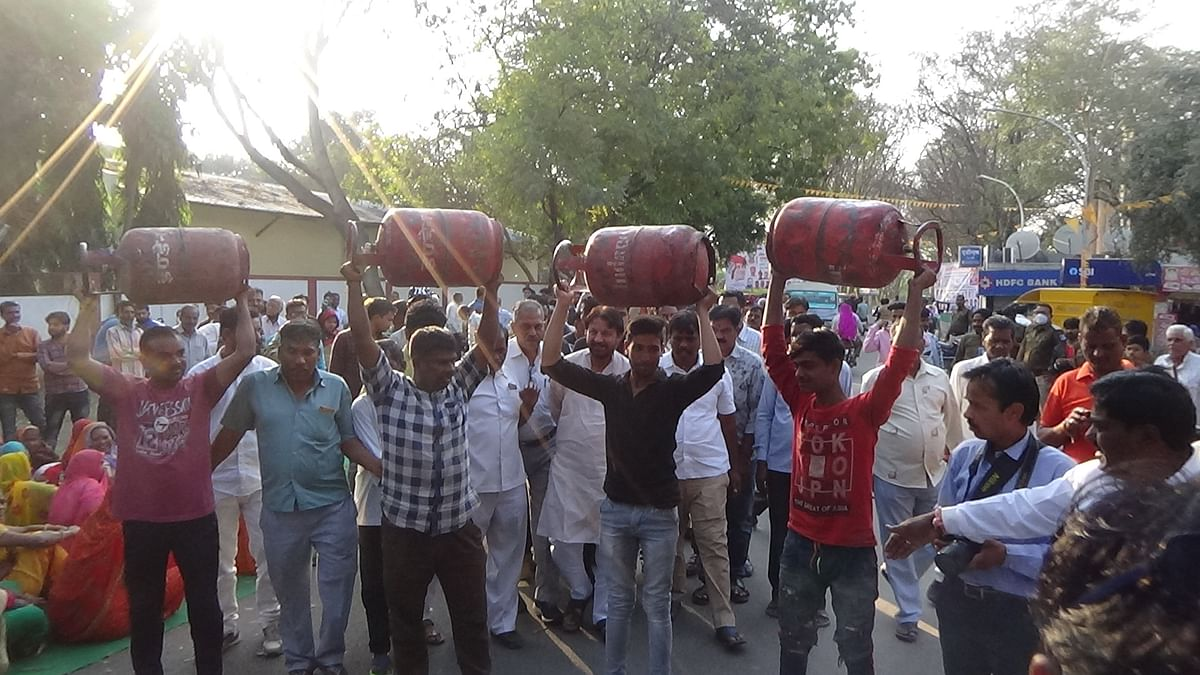 Congress party supporters staged demonstration against increase in fuel prices, cooking gas in Nagda on Tuesday