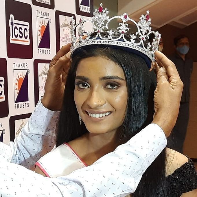 Mumbai: Miss India 2020 runner-up Manya Singh felicitated at Thakur College in Kandivali