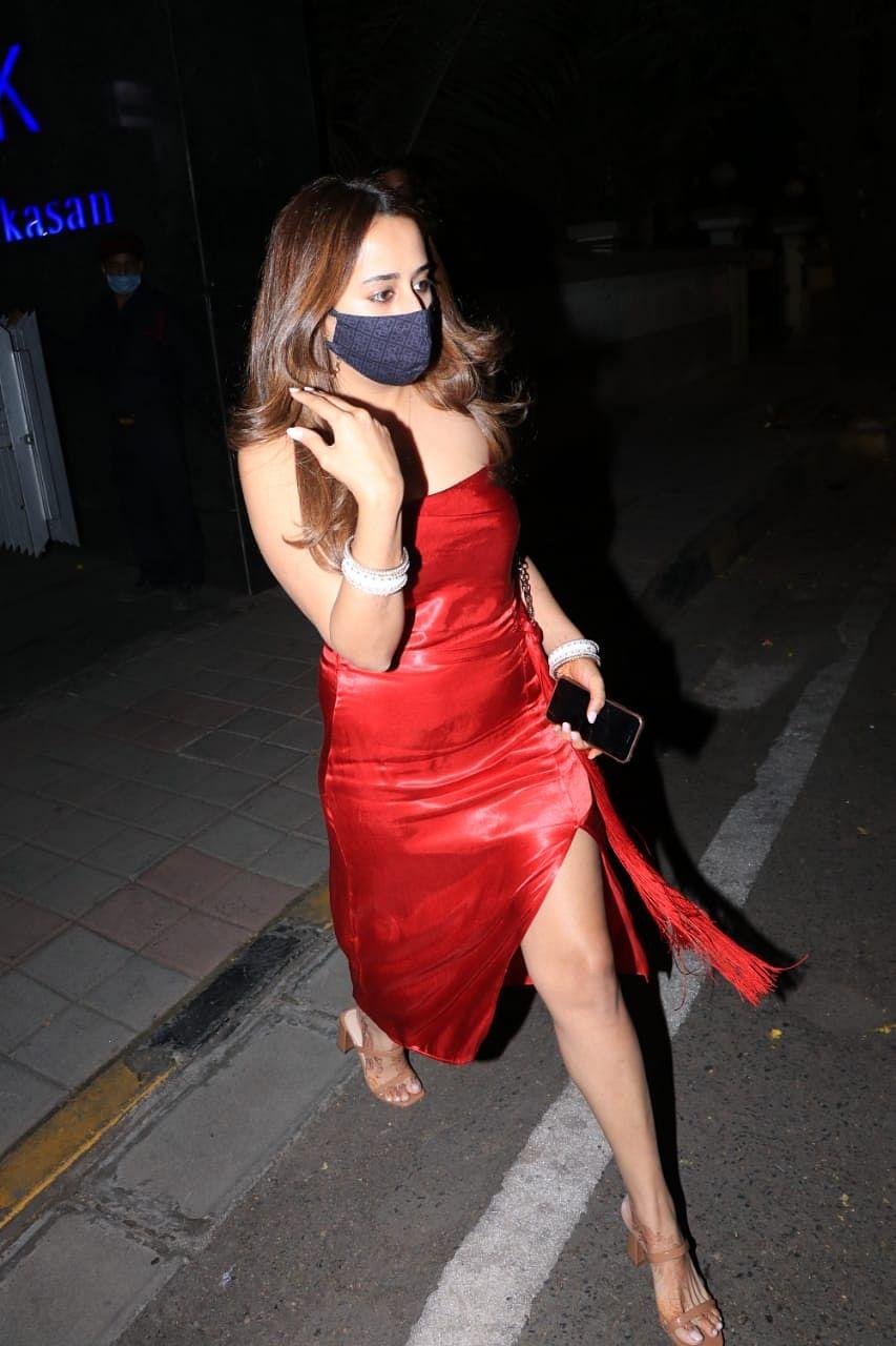 Lady in Red: Natasha Dalal turns heads in a thigh-high slit dress
