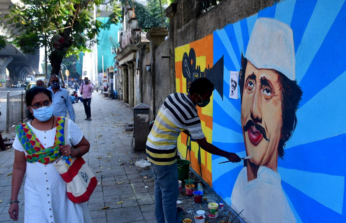 Mumbai: City reports 1,051 new corona cases, five deaths in past 24 hrs