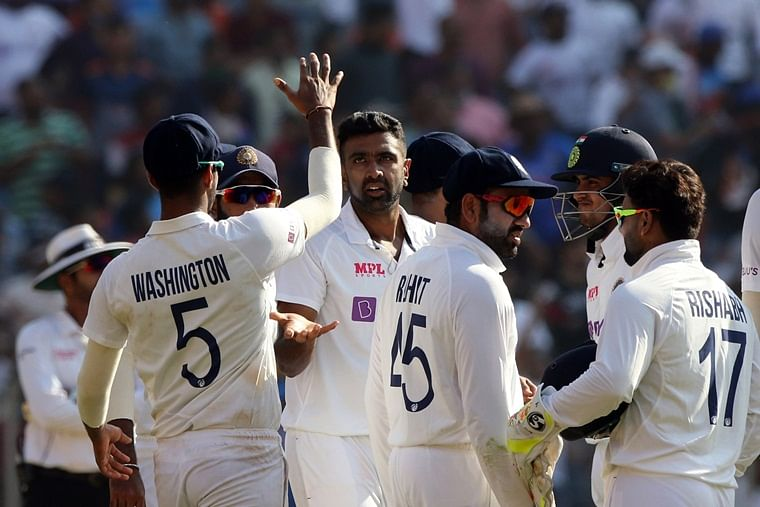 IND vs ENG, 3rd Test: India end Day 1 at 99 for 3 in reply to England's 112