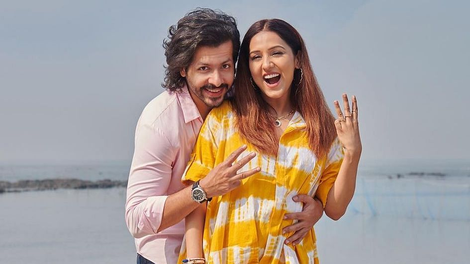 Singer Neeti Mohan and Nihaar Pandya announce pregnancy on their second wedding anniversary