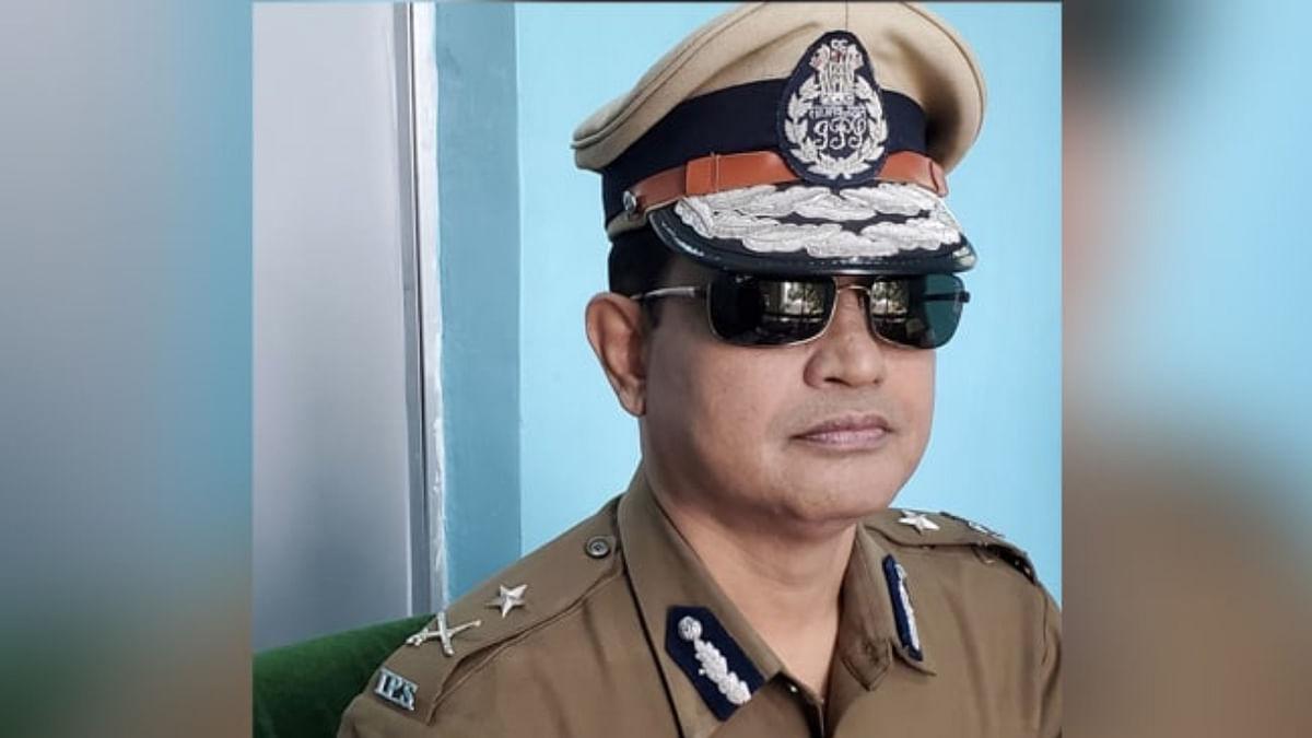 West Bengal: Humayun Kabir, ex-Police Commissioner of Chandannagar, joins Trinamool Congress