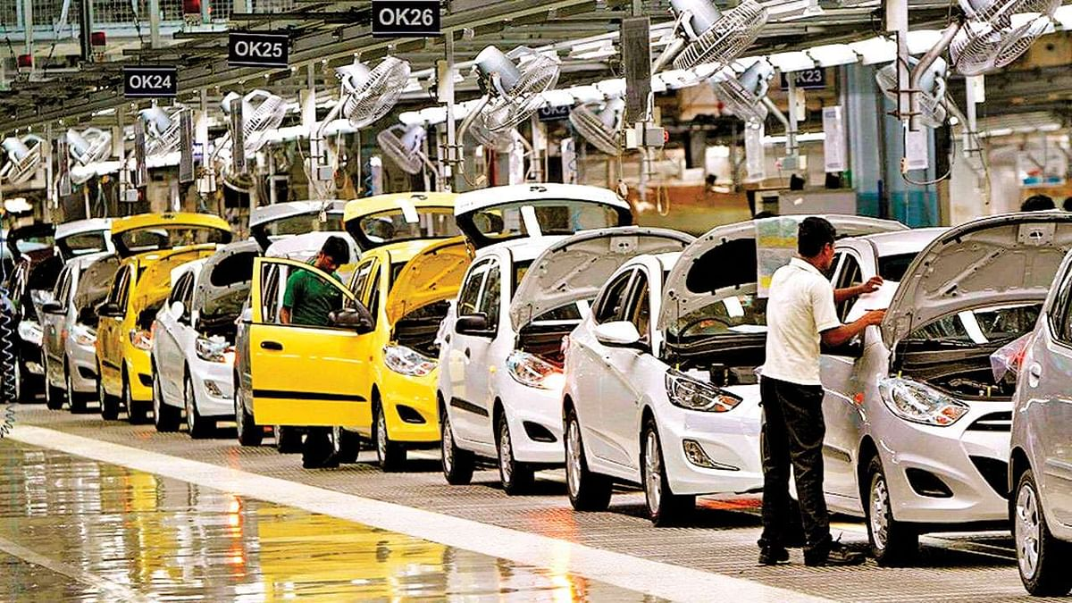 Auto firms take digital route to drive sales in time of social distancing