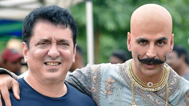Akshay Kumar wishes Sajid Nadiadwala on birthday, thanks him for 'literally paying his bills'