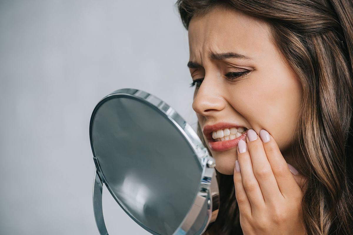 Bleeding gums may indicate vitamin C deficiency