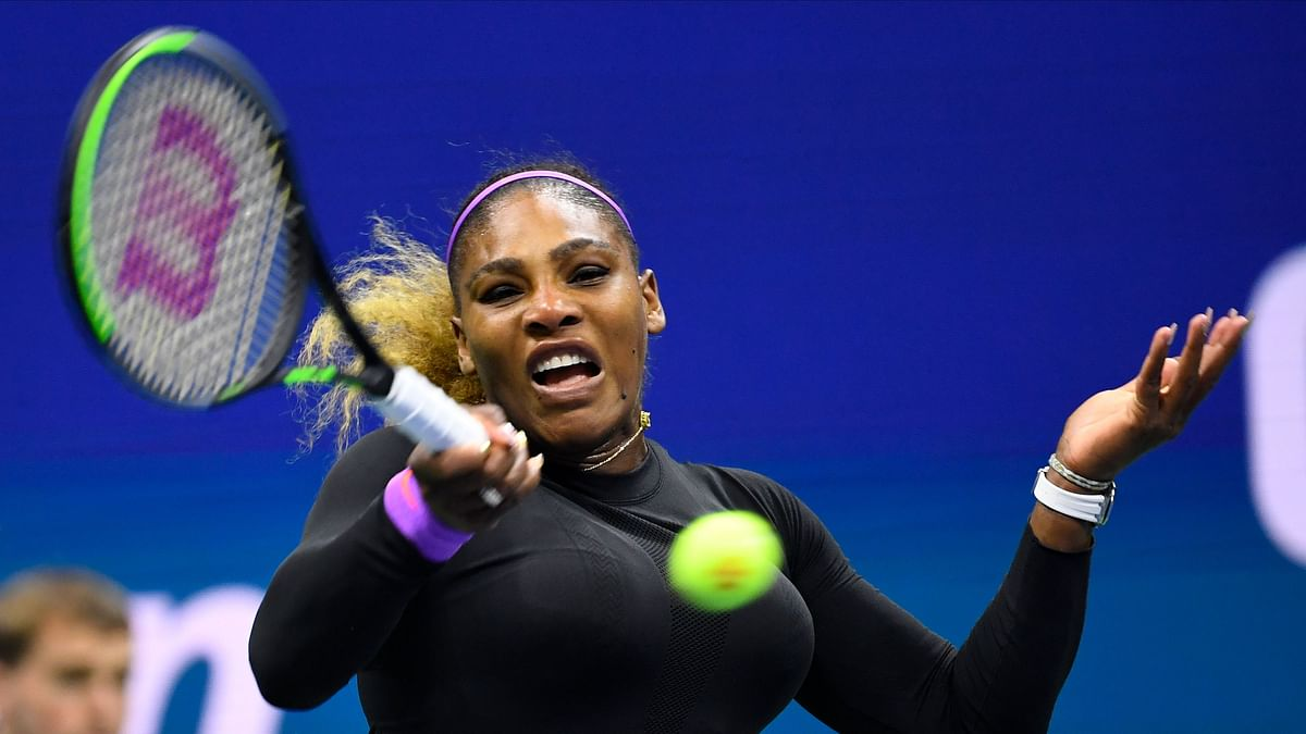 Australian Open: Serena, Venus, Osaka cruise into second round