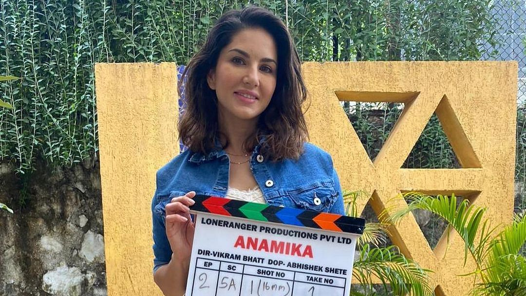 Unidentified goons barge on sets of Sunny Leone-starrer Vikram Bhatt's web show 'Anamika'