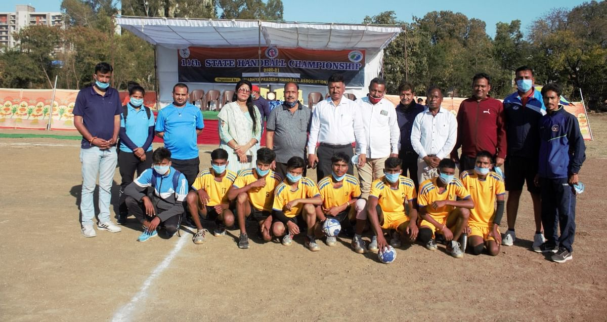 11th state-level handball tournament began in Indore on Saturday