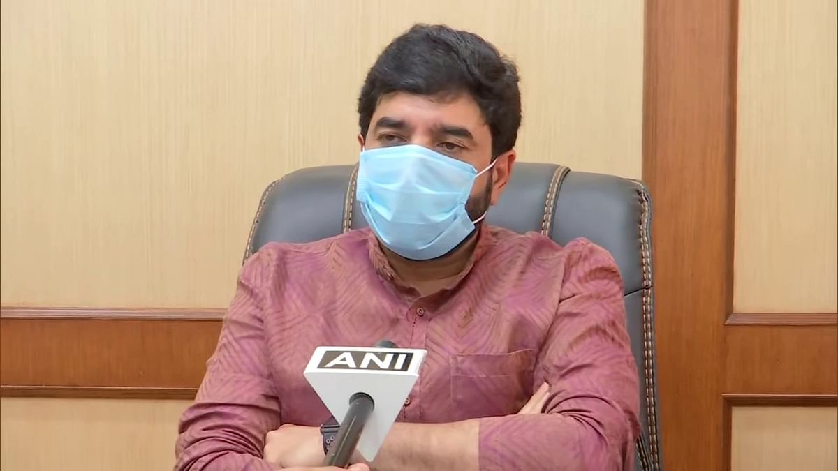 COVID-19: Pune Mayor Murlidhar Mohol writes to Maharashtra Health Minister, Javadekar for more ventilator beds