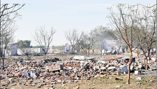 15 killed in Tamil Nadu fireworks unit blast