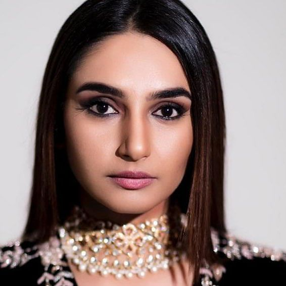 Sandalwood Drugs Case: After spending 145 days in jail, Ragini Dwivedi breaks down during interaction with fans
